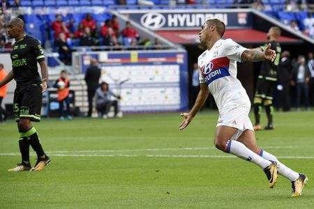 Lyon 2-1 Guingamp: 3 diem chat vat - Anh 3