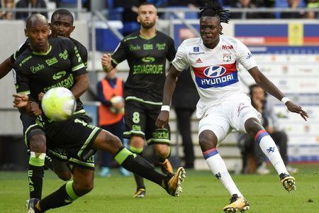 Lyon 2-1 Guingamp: 3 diem chat vat - Anh 5