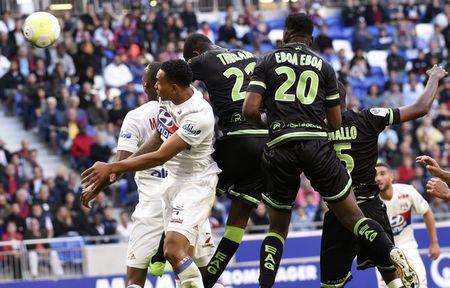 Lyon 2-1 Guingamp: 3 diem chat vat - Anh 6