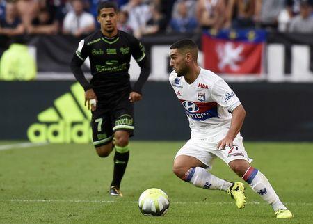 Lyon 2-1 Guingamp: 3 diem chat vat - Anh 8