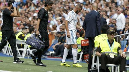Sau vong 3 La Liga: Barca tach top, Madrid som buong - Anh 2