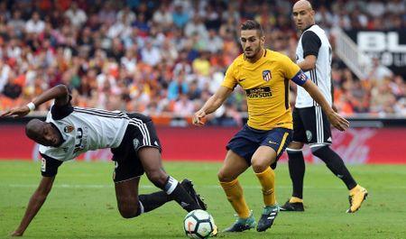 Sau vong 3 La Liga: Barca tach top, Madrid som buong - Anh 3