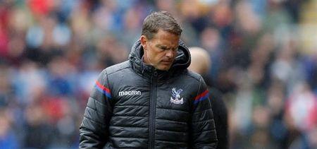 4 tran thua, 0 ban thang, Crystal Palace xay ra noi chien - Anh 1