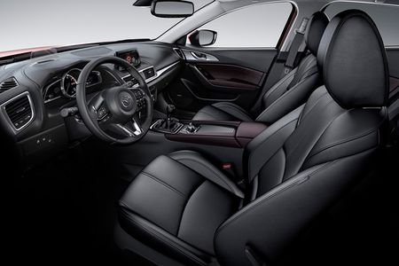 Loat xe oto Mazda tai Viet Nam giam gia thang 9/2017 - Anh 6