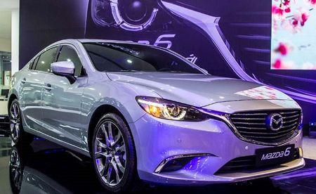 Loat xe oto Mazda tai Viet Nam giam gia thang 9/2017 - Anh 8