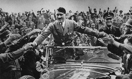 Soi tai lieu gay soc cua CIA ve tung tich cua Hitler - Anh 3