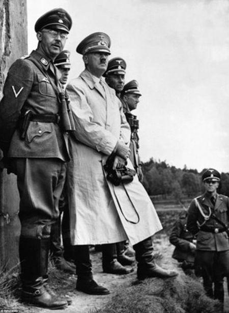 Soi tai lieu gay soc cua CIA ve tung tich cua Hitler - Anh 5