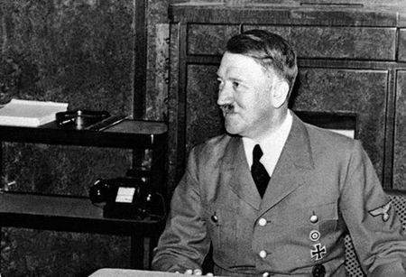 Soi tai lieu gay soc cua CIA ve tung tich cua Hitler - Anh 8