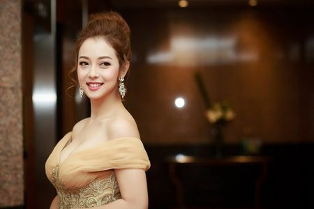Gai hai con Jennifer Pham khoe vong mot sexy kho roi mat - Anh 5
