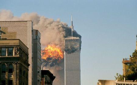 16 nam sau ngay 11/9: Noi lo so khung bo van am anh - Anh 1
