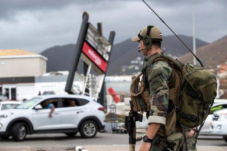 My: Lay cap sung trong bao Irma, dung trung SWAT - Anh 3