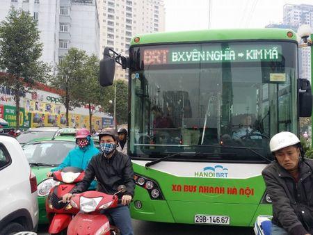 Tuyen buyt nhanh BRT co qua tai nhu bao cao? - Anh 1