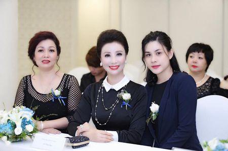 Phat dong cuoc thi Nu Hoang Kim Cuong Empire 2017 - Anh 4