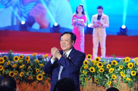 Chuong trinh giao luu nghe thuat Bien dao que huong: Xuc dong va sau lang - Anh 1