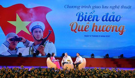 Chuong trinh giao luu nghe thuat Bien dao que huong: Xuc dong va sau lang - Anh 8