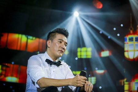 Hoai Lam khien su phu 'no may no mat' khi 'choi doc' trong dem nhac tai Ha Noi cua Mr Dam - Anh 1