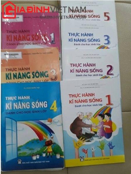 Pho Giam doc So GD - DT Hai Duong ra van ban 'ep' hoc sinh mua sach tham khao? - Anh 3
