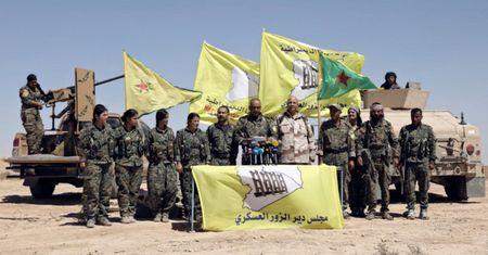 Quan doi Syria pha vong vay san bay Deir Ezzor cua IS - Anh 1