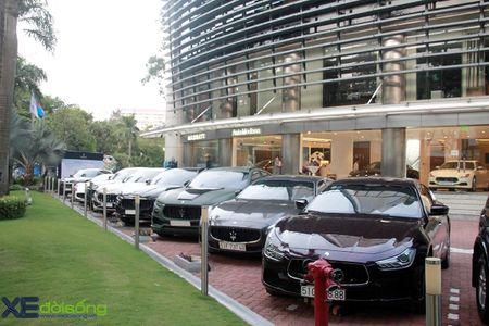 Hoi yeu xe Maserati hoa nhip chung mot mai nha - Anh 4