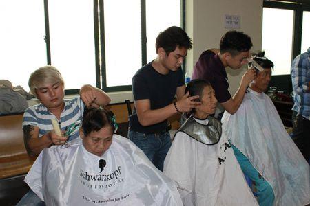 """Benh vien Da Nang voi """"Chu nhat chia se yeu thuong"""" giup benh nhan - Anh 3"""