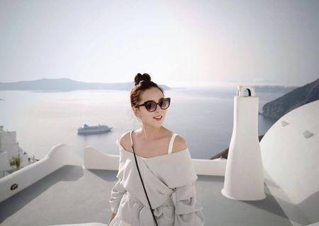 MC Mai Ngoc cung chong tan huong chuyen di lang man o Hy Lap - Anh 1