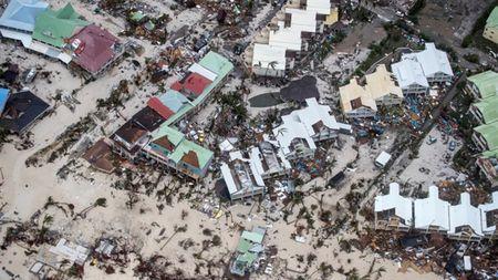 'Quai vat Irma' can quet dinh thu Tong thong Trump va ty phu Richard Branson - Anh 1