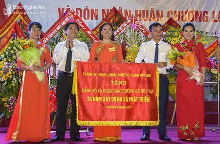 Phuong Ha Huy Tap ky niem 35 nam thanh lap va don nhan Huan chuong Lao dong hang Nhi - Anh 3