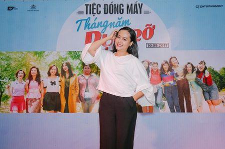 Dan sao trong phim moi cua dao dien Dung 'khung' nhay mua an mung tiec dong may - Anh 6