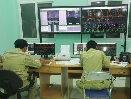 EVNNPT: Dua vao van hanh Tram bien ap 220 kV khong nguoi truc dau tien cua PTC2 - Anh 1