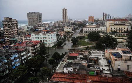 Sau sieu bao Irma thu do cua Cuba khong khac gi ho boi di dong - Anh 1