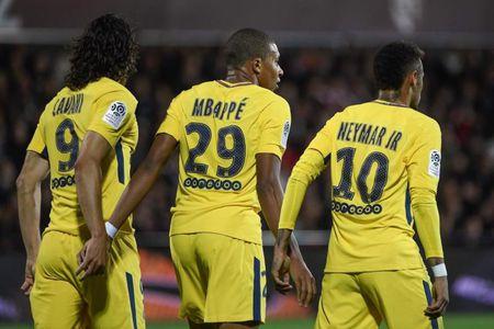 Neymar lai noi loi cay dang voi Barcelona - Anh 3
