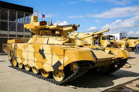 Algeria muon so huu 'ke huy diet' BMPT-72 do Nga san xuat - Anh 1