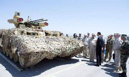 Algeria muon so huu 'ke huy diet' BMPT-72 do Nga san xuat - Anh 2