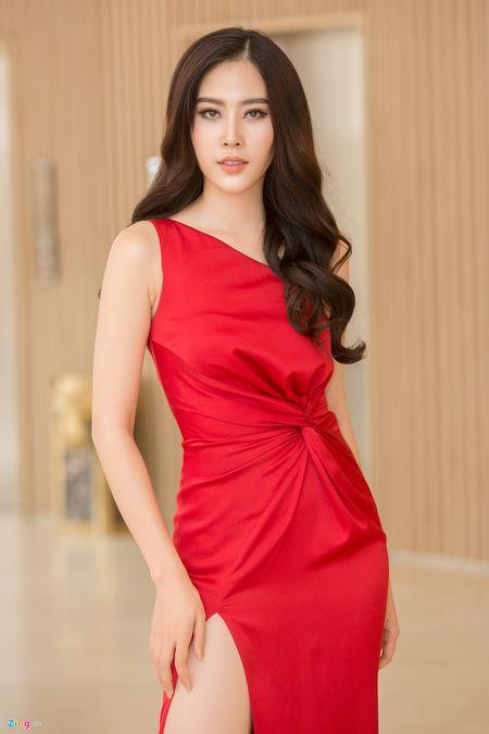 Hoa khoi Nam Em: 'Toi muon yeu dan ong da ly hon va co con rieng' - Anh 1