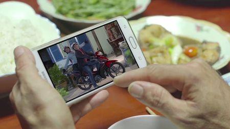 Tran Thanh hoa chang re so tia vo mien Tay trong clip moi - Anh 10