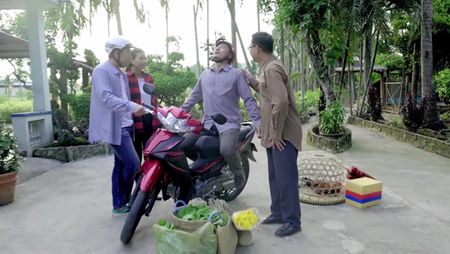 Tran Thanh hoa chang re so tia vo mien Tay trong clip moi - Anh 4