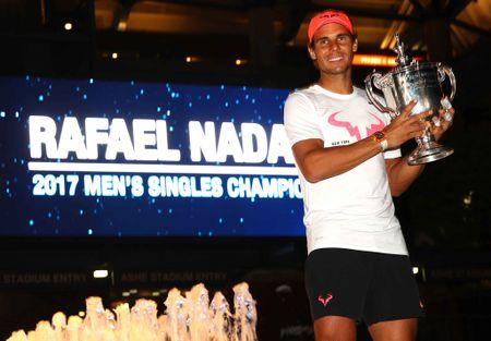Nadal va vat bat ly than gan 1 trieu USD chinh phuc US Open - Anh 11