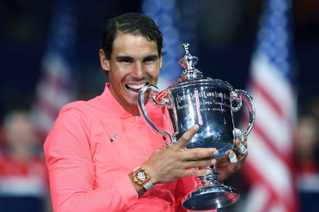 Nadal va vat bat ly than gan 1 trieu USD chinh phuc US Open - Anh 1