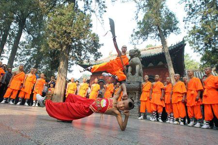 Nhung thang canh 'van nguoi me' trong truyen Kim Dung - Anh 4