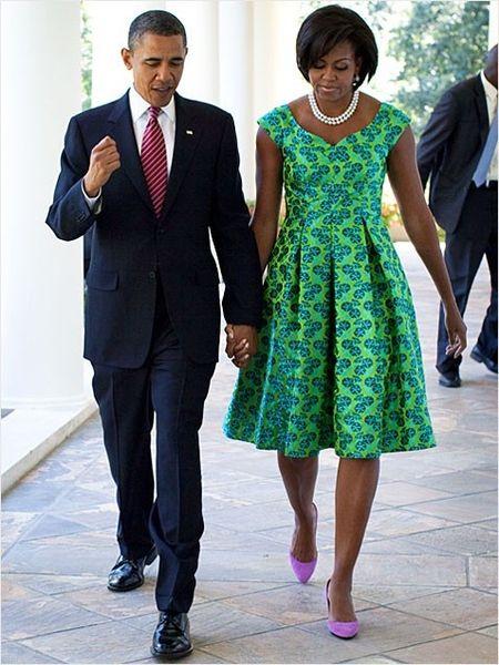 Michelle Obama tre trung voi dam xanh la cho U50 - Anh 9