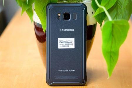 Tren tay Samsung Galaxy S8 Active gia 17 trieu dong tai Viet Nam - Anh 1