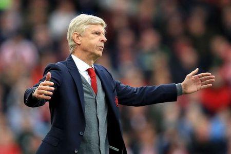 TIN HOT M.U 11/9: Mourinho 'da xeo' Conte, che Wenger. Hang thu M.U xao tron o Champions League - Anh 2