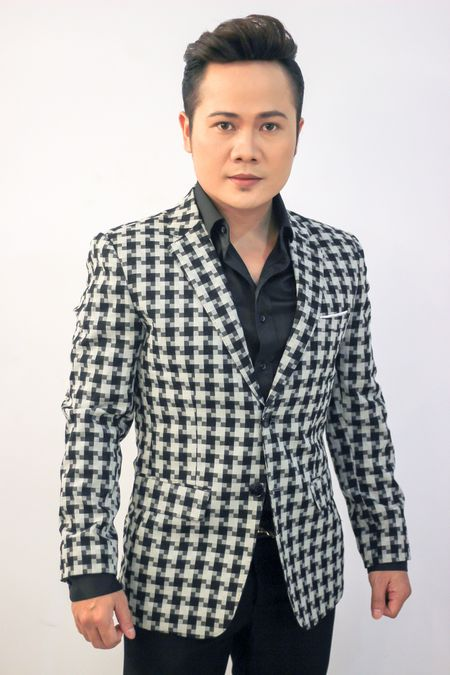 Sao mai Ngoc Ky: Moi lan hat 'Thoi hoa do' toi deu rat buon! - Anh 2