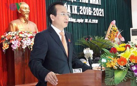 Bi thu Da Nang yeu cau phai cung cap du nuoc sach cho dan - Anh 1