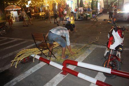 Bai Chay, Ha Long: Du khach bi tra tan am thanh, tinh cam mo nhac sau 22h - Anh 2