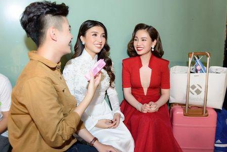 """Giang Hong Ngoc lam quy co hat bolero trong gameshow """"Cap doi hoan hao"""" - Anh 5"""