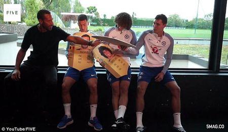 Hazard 'choang' vi chi so FIFA qua cao - Anh 3