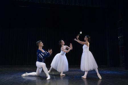 Bieu dien vo ballet kinh dien Giselle - Anh 1