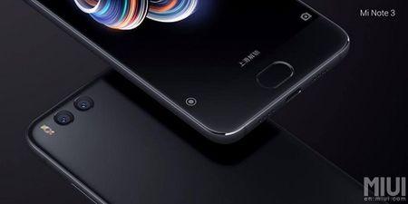 Xiaomi Mi Note 3 vua ra mat, gia mem - Anh 2