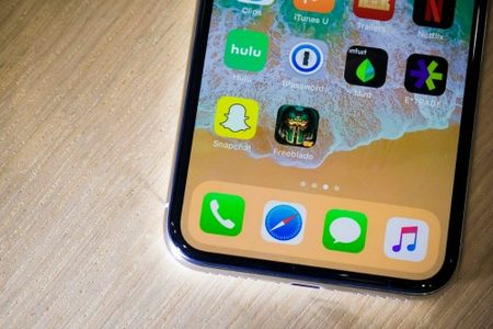 iPhone X so gang cung Galaxy Note 8: Ai ngon hon? - Anh 7